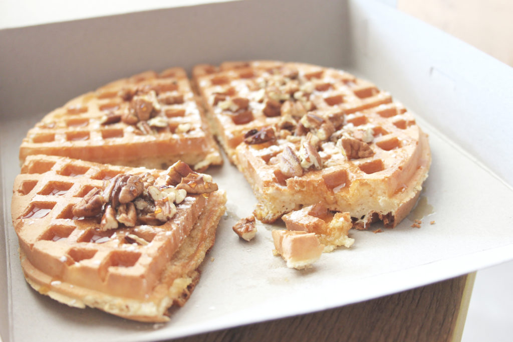 breakfast-sticky-waffle-tasty-coffee